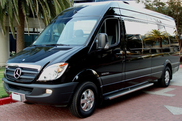 12 passenger sprinter in Dallas