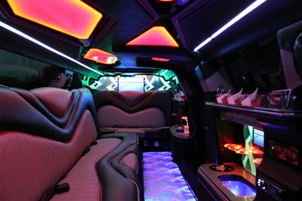 Chrysler 300 limo rental Dallas