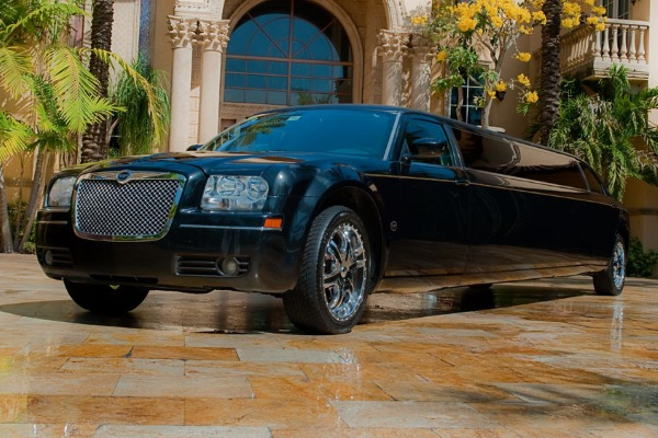 Chrysler 300 limo service Dallas