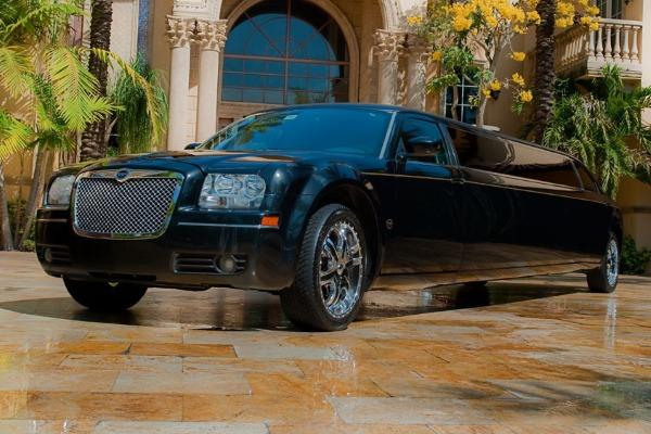 Chrysler 300 limo service Dallas