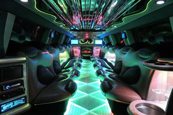 Hummer limo rental Dallas